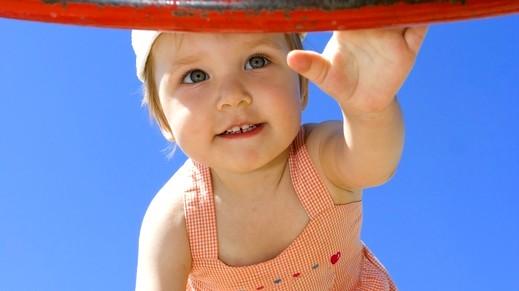 ما هي فطريات الفم لدى الأطفال الكبار؟