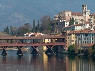 باسانو دل غرابا مدينة في شمال إيطاليا