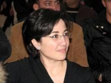 زعبي تطالب بإقالة المتهجمين على المعلمة