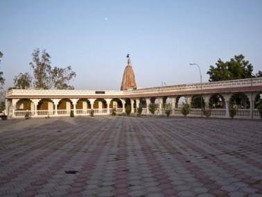 اندور أكبر مدينة والعاصمة التجارية لولاية ماديا