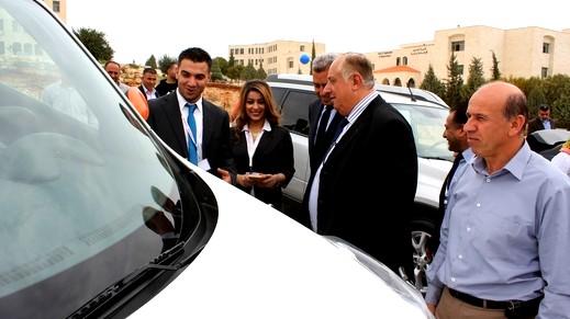 الجامعة العربية الامريكية تستضيف معرضا للسيارات