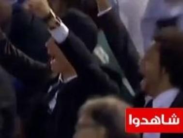 شاهدوا: رونالدو يرقص ويقفز ويحزن من على المدرجات