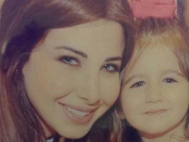 نانسي عجرم تحتفل بعيد ميلاد ايلا وتعايدها