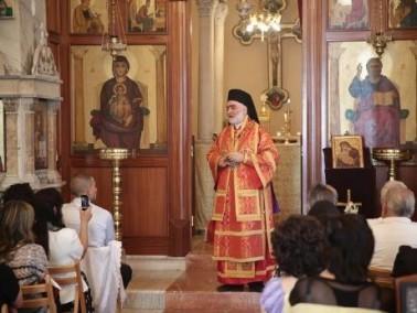 العشرات في القداس الاحتفالي بمناسبة عيد العنصرة