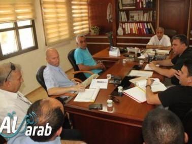 قلنسوة: جلسة في البلدية لنصب كاميرات مراقبة