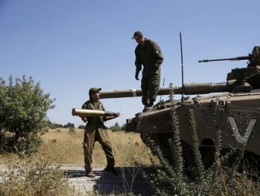 مقتل 10 جنود سوريين في غارات إسرائيلية