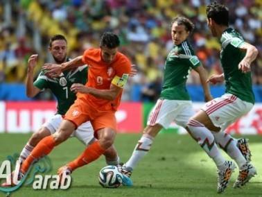 هولندا تفوز على المكسيك 2-1