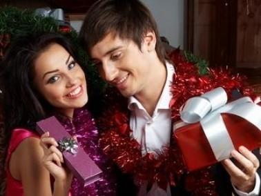 الهدايا.. مع مناسبة أو بدون؟ لا يهم