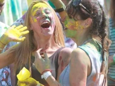 مجموعة صور من مهرجان الألوان في روسيا