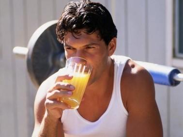 عزيزي: مشروبات منعشة وصحية بعيدا عن زيادة الوزن