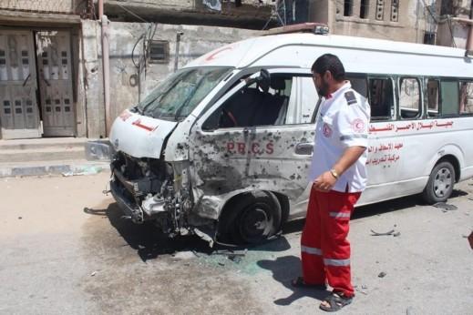 مقتل مسعف وإصابة 3 خلال تقديم العلاج لمصابي غزة