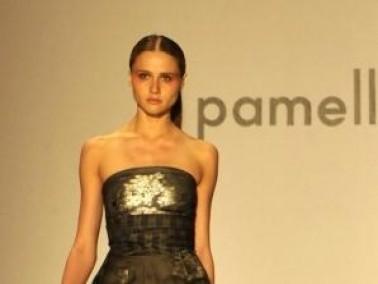ازياء المصممة باميلا رولاند في أسبوع الموضة
