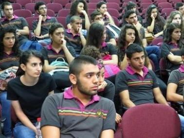 بروفسور ادريس التيتي يلتقي طلاب المعمدانية
