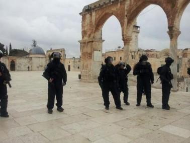 الكشف عن رسم صلبان معقوفة في الحرم القدسي