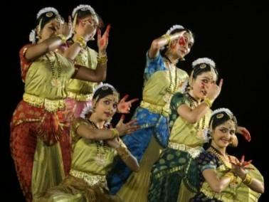 شاهد بالصور: مهرجان الرقص الهندي الكلاسيكي