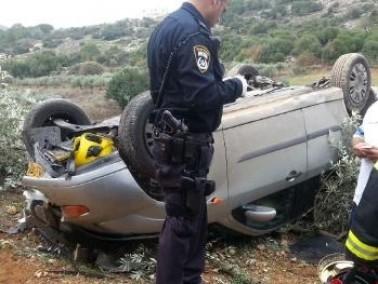 اصابة سائق من سخنين اثر سقوط سيّارته عن ارتفاع