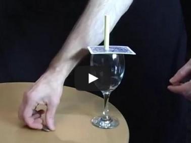 شاهدوا بالفيديو: 10 تجارب علمية مثيرة ورائعة