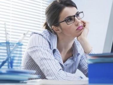 مهندسة (29 عامًا): زميلي في العمل لا يتقن عمله