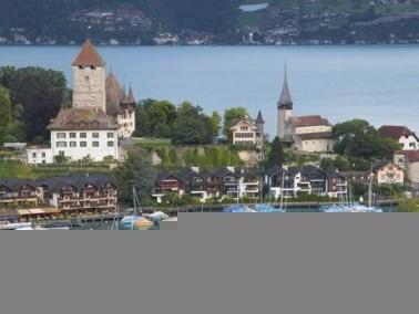 مجموعة صور لمدينة سبيز السويسرية