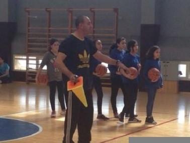 عسفيا: مدرسة فاروق شخيدم تستضيف رياضيين
