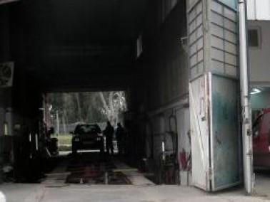 الإشتباه بعمّال عرب في كراج في موديعين