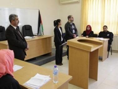 العربية الأمريكية تعقد مسابقة المحكمة الصورية
