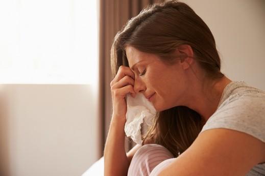 دراسة: الشعور بالعزلة يضعف مناعة الجسم