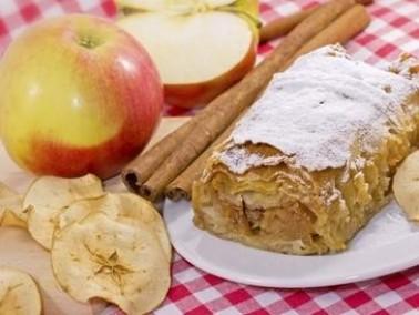 حضّري كعكة التفاح والقرفة الشهية