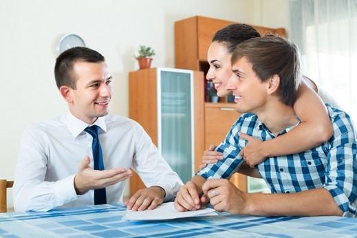 أخصائية علاقات زوجية: لا تلقيا اللوم على بعضكما البعض