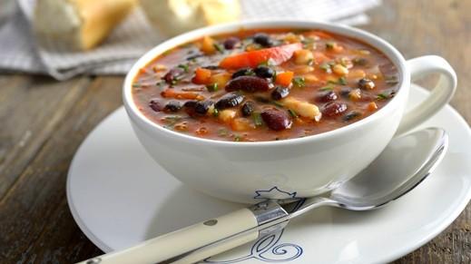 طريقة تحضير حساء الفاصوليا السوداء..صحتين