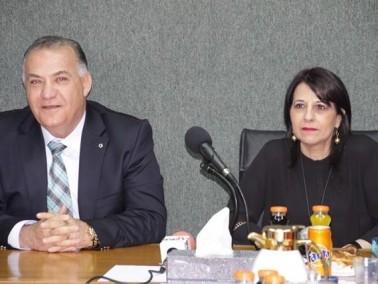 د.اورنا سمحون تزور بلدية الناصرة وتبارك لسلام