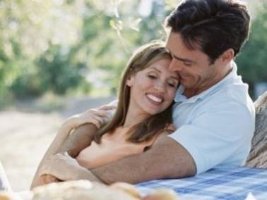 دراسة سويسرية: الحب سبب من أسباب زيادة الوزن