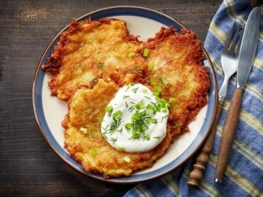 من المطبخ البولندي: بان كيك البطاطا..صحتين