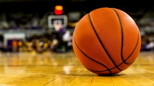 فيسبوك تتيح لعبة كرة السلة عبر مسنجر
