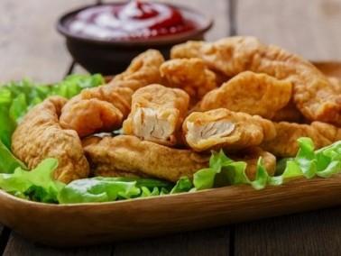 أشهى المقبلات: شرائح الدجاج المقرمشة