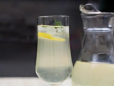 عصير الزنجبيل والليتشي من مطبخ العرب.كوم