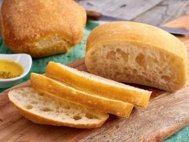 طريقة تحضير خبز حليب اللوز الأوروبي.. ما رأيكم؟