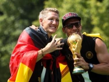 استقبال جماهيري حاشد للمنتخب الألماني