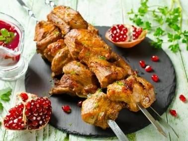 حضّري شيش طاووق لبناني لحفلة شواء شهية