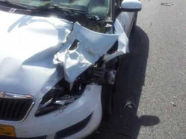 اصابة شخصين بجراح متفاوتة في حادث طرق قرب الرامة