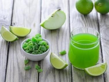 عصير الليمون الحامض والتفاح الأخضر.. لذيذ
