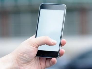 شركة هواوي تنسخ تصميم هاتف آبل بي 9