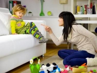 كيف تتعاملين مع طفلك كثير الحركة؟