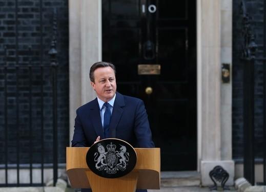 كاميرون يعلن استقالته من رئاسة الحكومة البريطانية