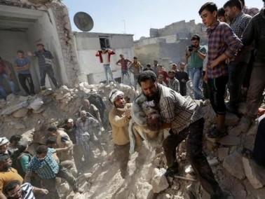 مصادر: ارتفاع عدد ضحايا الغارات في سوريا الى 92