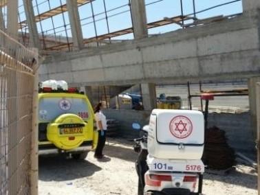 الشرطة: إصابة عامل فلسطيني في ريشون لتسيون