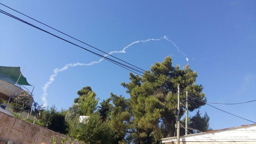 قذيفة صاروخية تسقط في هضبة الجولان