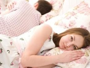 عروس: زوجي لا يدللني على عكس اتفاقنا قبل الزواج وأخاف من المستقبل