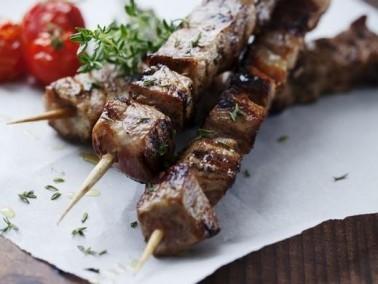 طريقة تحضير شقف اللحم بالاسياخ مع مطبخنا