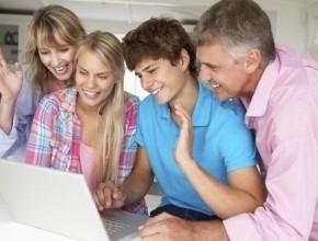 مجموعة نصائح للأب عند التعامل مع الإبن المراهق.. ما هي؟